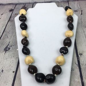 5/$25 Sunny Islands Hawaiian Chunky Bead Necklace